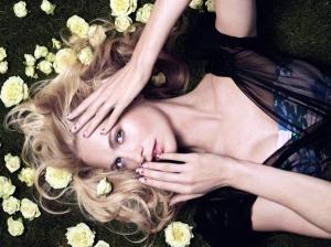 NailsInc_Floral