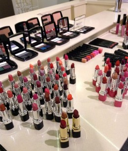 Provate a scegliere il rossetto preferito! Impossibile limitarsi a uno!!!