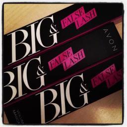 Proprio bello anche il pack per questo nuovo #mascara #avon #bigandfalselashmascara #likeafalse