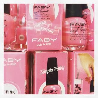 Faby Simply Pinky per la fondazione Veronesi